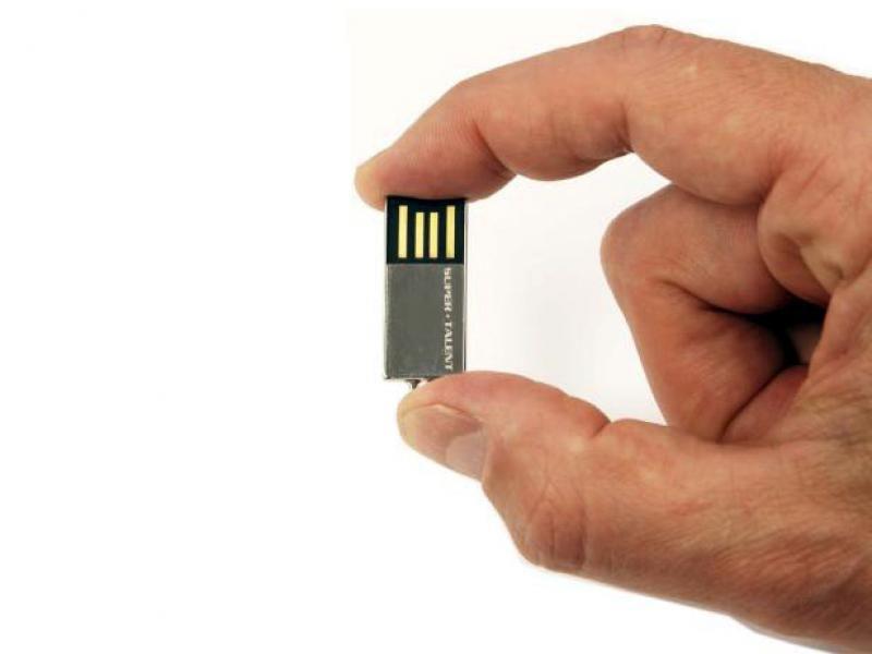 objets-promotionnels-cle-usb-mini-chrome-16-go