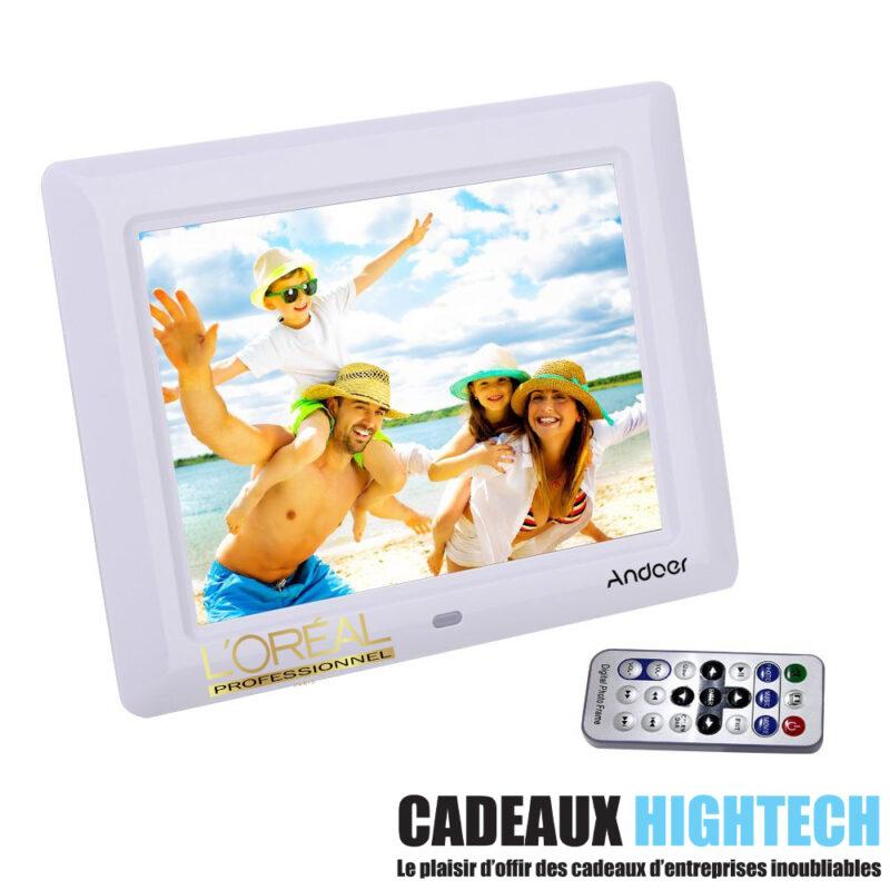 objet-high-tech-insolite-cadre-photo-7-pouces-blanc-personnalise