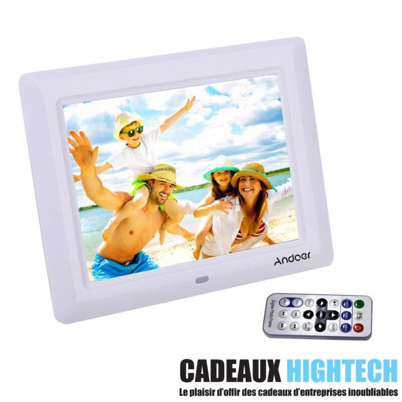 objet-high-tech-insolite-cadre-photo-7-pouces-blanc-sur-mesure