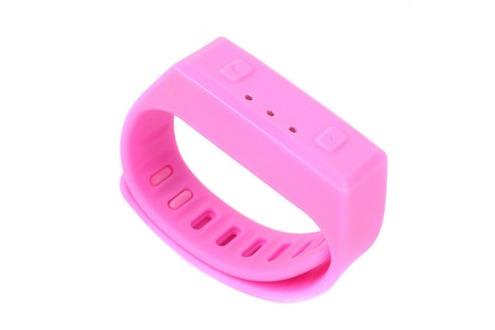 cadeaux-ce-mini-bracelet-connecte-silicone-yonis-rose