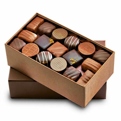cadeau-client-personnalise-ballotins-assortiment-de-chocolats-gourmands