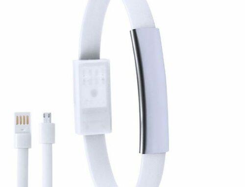 idee-cadeau-bracelet-câble-usb-noir