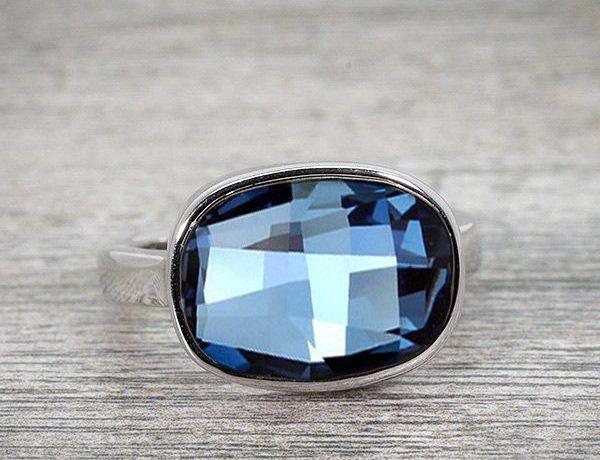 idee-cadeau-femme-bague-blue-huggot-design