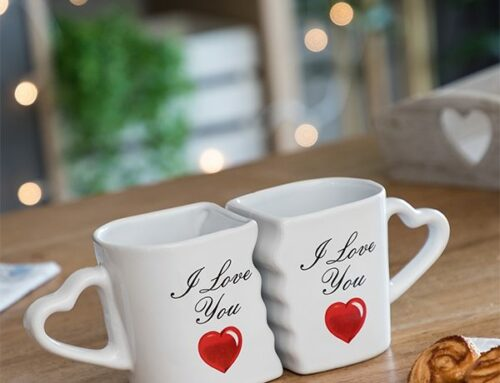 idee-cadeau-femme-tasses-cœur