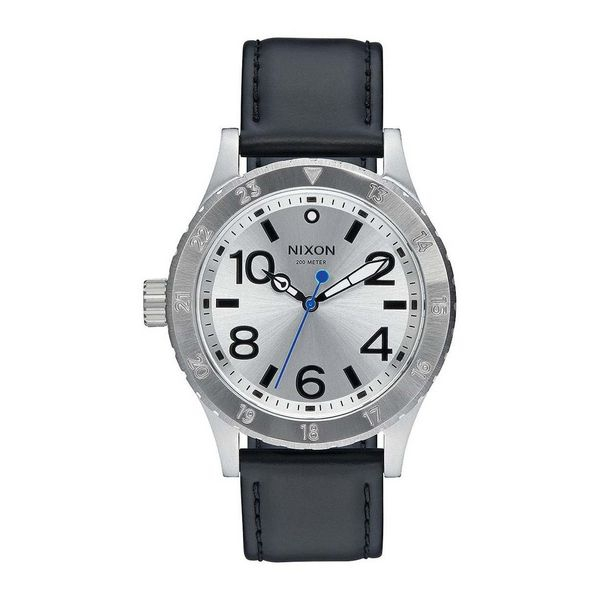 idee-cadeau-montre-homme-nixon-acier-et-cuir-gris
