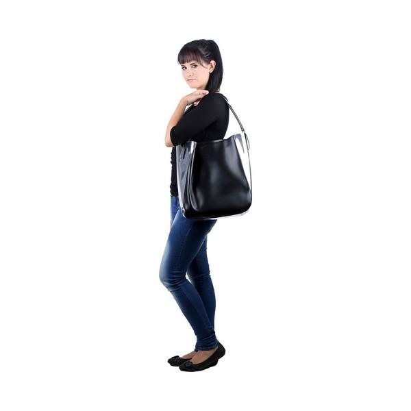 idee-cadeau-sac-bandouliere-femme-calvin-klein-noir-fashion