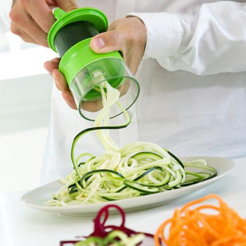 idee-de-cadeau-coupe-legumes-spirale